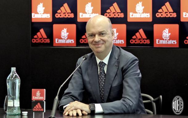 Fassone promete trabalho duro para voltar o Milan de volta à Champions League (Foto: Divulgação/Milan)