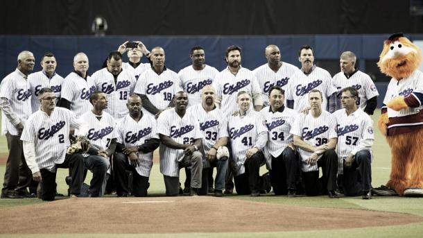 The 1994 Montreal Expos honoured before a pre-season Blue Jays game at Stade Olympique. (Paul Chiasson/CP)