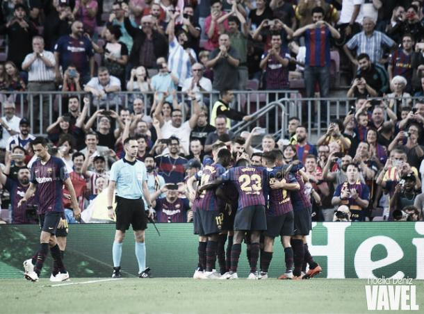 El FC Barcelona celebra un gol ante el PSV | Foto: VAVEL