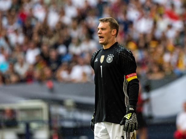 Manuel Neuer enjoyed a relatively quiet evening in goal. | Image source: kicker - Getty Images