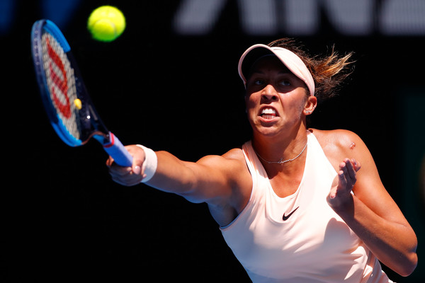 Madison Keys reaches out for a forehand return | Photo: Darrian Traynor/Getty Images AsiaPac