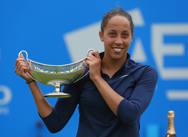Madison Keys poses with the Maud Watson trophy after defeating Barbora Strycova in the final of the 2016 Aegon Classic. | Photo: Steve Bardens/Getty Images