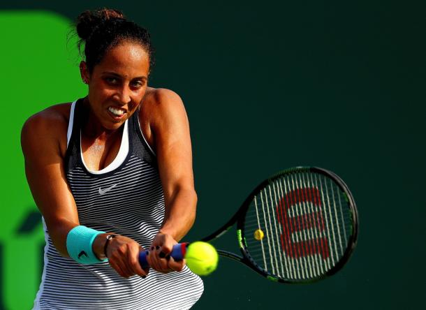 Madison Keys hits a backhand at the 2016 Miami Open.   Photo: Mike Ehrmann/Getty Images