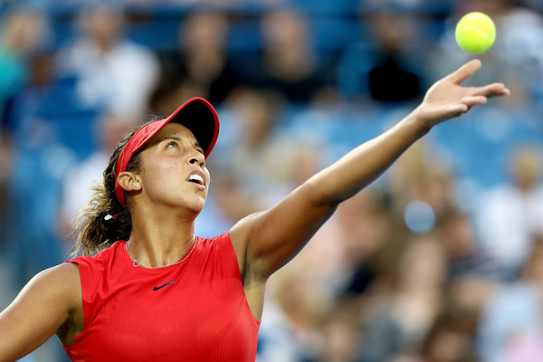 Madison Keys serves during her first round match against Vandeweghe | Photo: Matthew Stockman/Getty Images North America