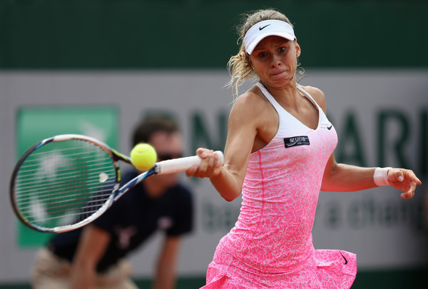 Magda Linette in action at the French Open | Photo: Clive Mason/Getty Images Europe