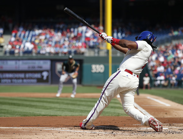 Maikel Franco #7 of the Philadelphia Phillies hits an RBI single against the Oakland Athletics. |Sept. 16, 2017 - Source: Rich Schultz/Getty Images North America|