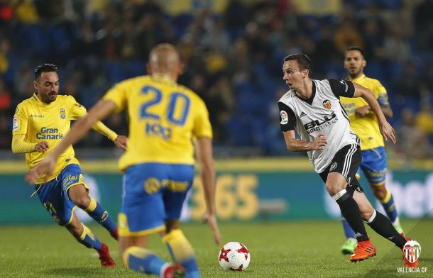 Nemanja Maksimovic se está ganando la confianza del valencianismo con sus últimas actuaciones. Fuente: Valencia CF.