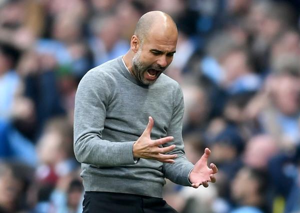Guardiola maldice una acción. Foto: Getty Images