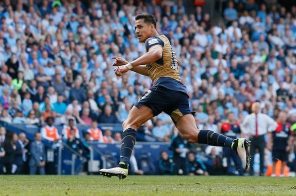 Alexis celebrates his equaliser. | Image source: Sky Sports