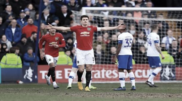 Maguire convirtió un golazo rematando desde afuera del área | Foto: ManUnited