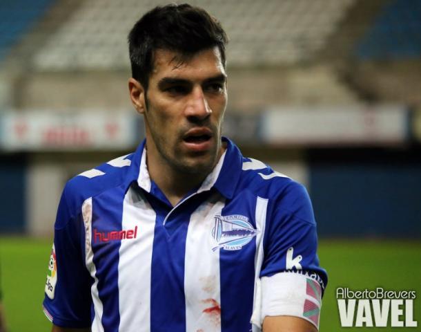 El capitán vitoriano Manu García, autor del primer tanto alavesista esta temporada. Fuente: Alberto Brevers (VAVEL)