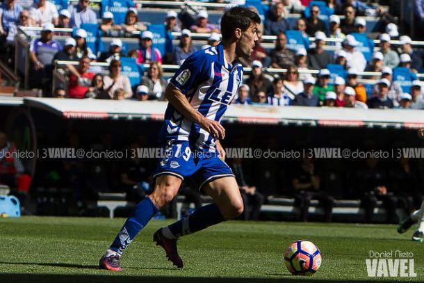 Manu García, durante un partido en el Estadio Santiago Bernabéu | Fuente: Daniel Nieto, VAVEL España