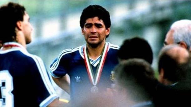 Maradona lloró luego de perder la final ante Alemania. Foto: Web.