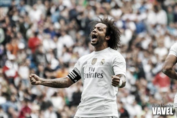 Marcelo celebrando con el brazalete de Capitán | Foto: Rodri J. Torrellas (VAVEL)