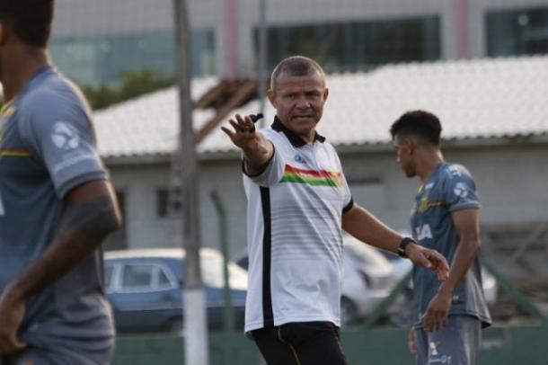 Marcinho tem retornos e desfalques na viagem à Floripa (Foto: Lucas Almeida/Sampaio Corrêa)