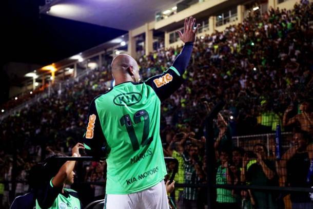 São Marcos se despede da torcida após jogo comemorativo realizado no Pacaembu (foto: Divulgação)