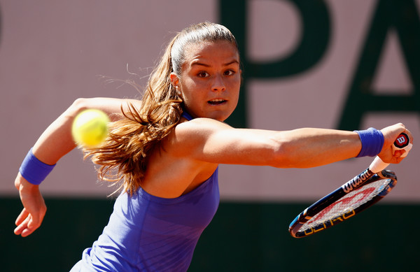 Maria Sakkari hits a backhand slice | Photo: Adam Pretty/Getty Images Europe