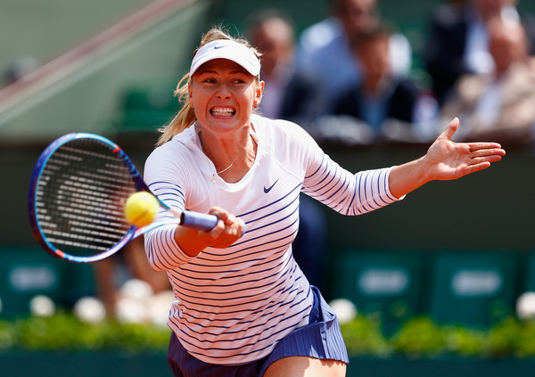Maria Sharapova in action at the 2015 French Open | Photo: Julian Finney/Getty Images Europe
