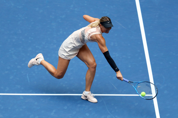 Maria Sharapova was disappointing at the net today | Photo: Getty Images North America