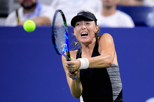 Maria Sharapova's backhand remains as an uncertainty | Photo: Steven Ryan/Getty Images North America