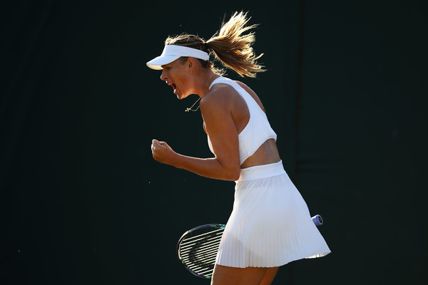 Sharapova fell in the opening round of Wimbledon for the first time in her career | Photo: Clive Brunskill/Getty Images Europe