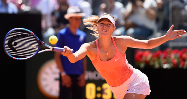 Maria Sharapova playing in Rome, where she won her last title | Photo: Mike Hewitt/Getty Images Europe