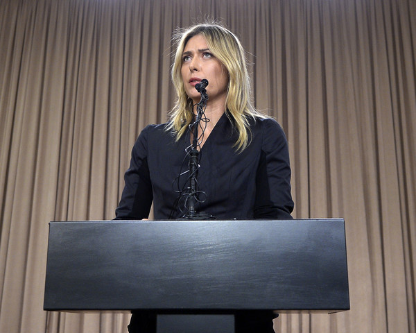 Maria Sharapova addresses the press for her failed drug test | Photo: Kevork Djansezian/Getty Images North America