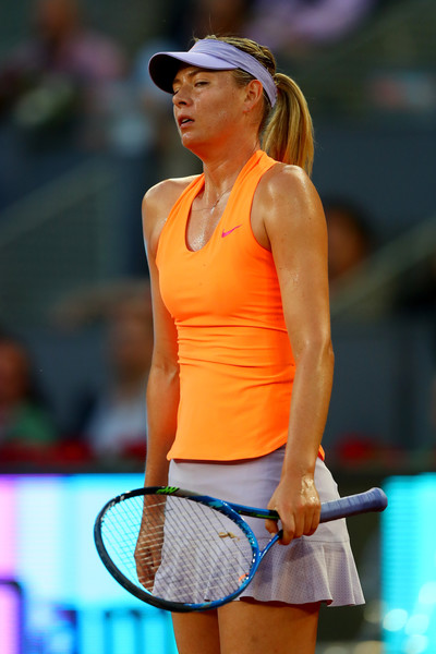 Maria Sharapova showed her frustration occasionally during the match, and she would have rued her missed break points | Photo: Clive Rose/Getty Images Europe