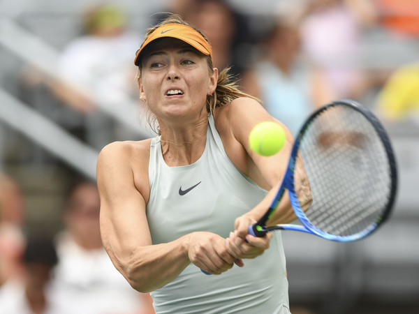 Maria Sharapova's backhand was firing on all cylinders today | Photo: Minas Panagiotakis/Getty Images North America