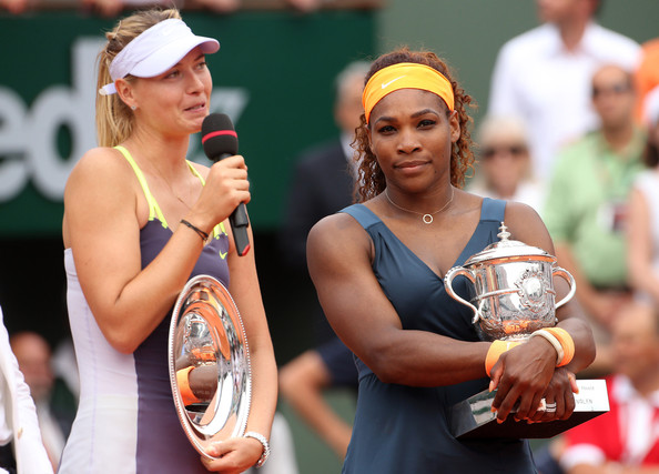 Maria Sharapova gives her runner-up speech at the French Open in 2013 | Photo: PacificCoastNews.com