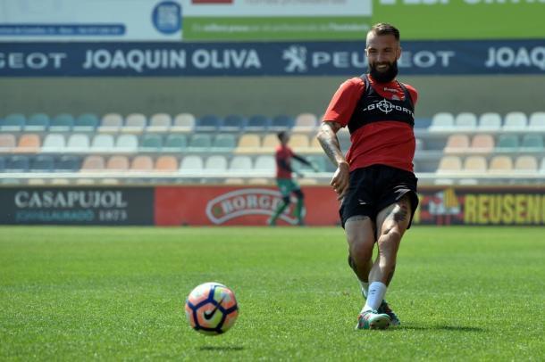 Angel Martinez podria jugar en el lateral izquierdo ante los granotas. (Foto: CF Reus)