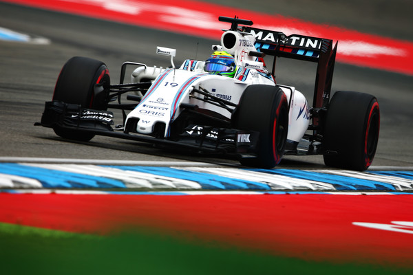 A Williams vem cada vez mais sendo ameaçada pela Force India (Foto: Dan Istitene/Getty Images)
