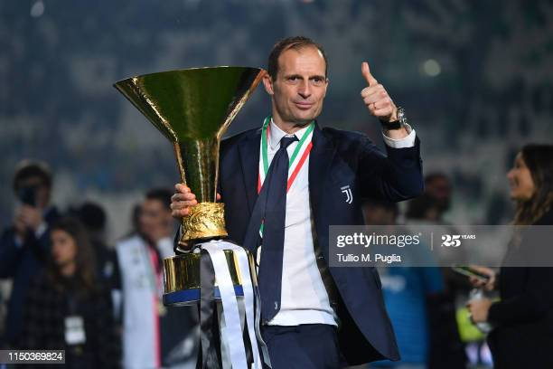 Massimiliano Allegri currently is not contracted to a club. | Photo: Getty Images