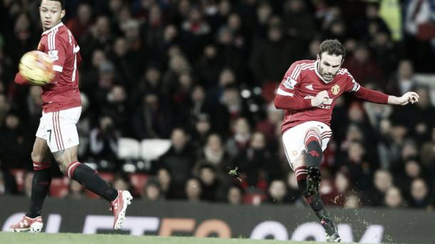 Mata's free-kick flew in (photo: getty)