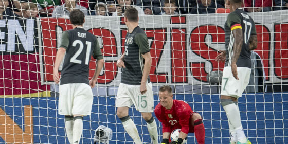 Ter Stegen's mistake summed up a rotten afternoon for Germany. | Image source: kicker - Getty Images