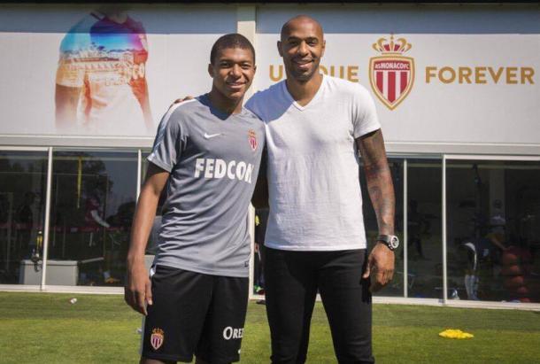 Mbappé % Henry | Foto via World Soccer Scouting