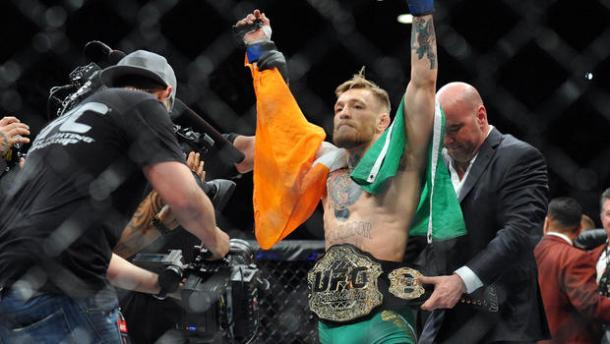 McGregor is now the featherweight champion of the world | Photo: CBS