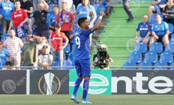 Ángel celebra un gol en la Europa League. Fuente: Getafe C.F.