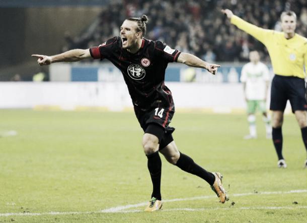Meier, el gol del Eintracht. Foto: Daily Mail