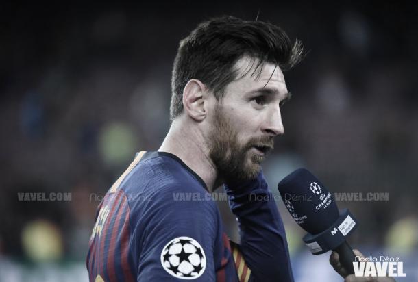 Messi atiende a la prensa | Foto: Noelia Déniz - VAVEL
