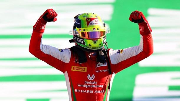 Mick Schumacher tras su victoria en Monza. Fuente: F2