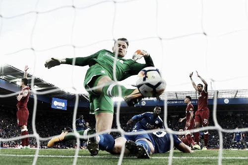 Mignolet no puede evitar el gol de Okazaki en el último partido. Foto: Sitio oficial de la Premier League
