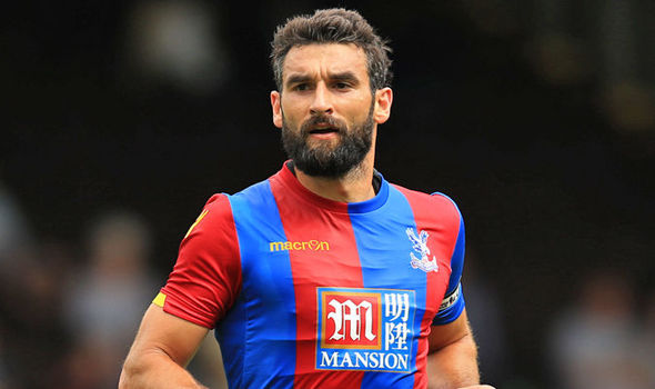 Jedinak became a key figure at Crystal Palace | Photo: Getty images