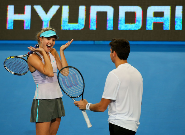Eugenie Bouchard and Milos Raonic react after a point during the 2015 Hopman Cup. | Photo: Paul Kane/Getty Images AsiaPac