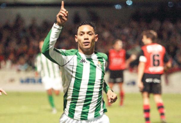 Ricardo Oliveira celebra su gol en el campo del Mirandés | Foto: Manquepierda.com