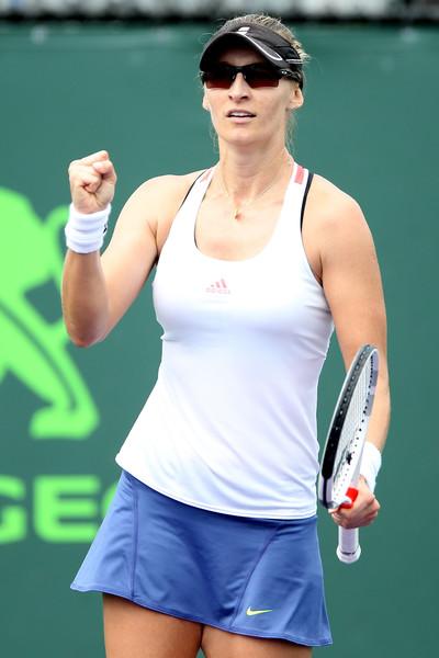 Mirjana Lucic-Baroni celebrates after defeating Agnieszka Radwanska in the third round of the 2017 Miami Open. | Photo: Matthew Stockman/Getty Images