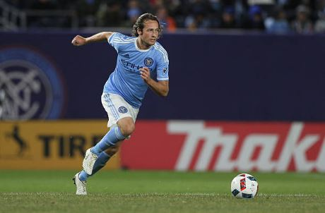 Diskerud in action against the Chicago Fire in 2016 | Source: Tim Clayton - Corbis via Getty Images