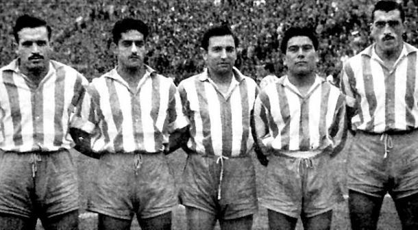 Dagoberto Moll, segundo por la derecha, junto a los integrantes de la 'Orquesta Canaro' (Foto: laopinioncoruna.es)