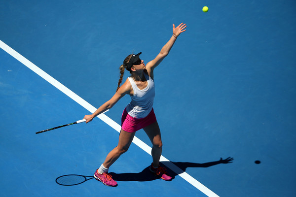 Mona Barthel serves during the match | Photo: Michael Dodge/Getty Images AsiaPac