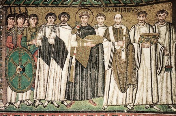 Mosaico completo de la Iglesia de San Vital de Rávena. Fuente: Wikicomons